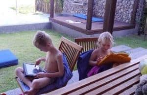 roamingsjokk-utlandet-sommerferie-sim-kort-datapakke